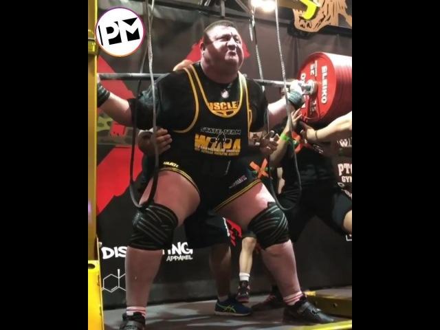 Новый мировой рекорд в приседе от Влада Алхазова - 505 кг.