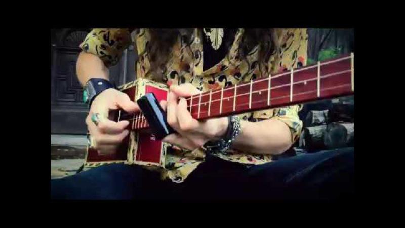 Test Drivin' a Brand New Justin Johnson Signature 3-String Brickhouse Guitar