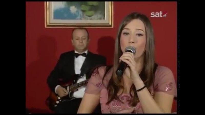 Danica Nikic i Orkestar Omera Hodzica - Stade se cvijece rosom kititi (uzivo)