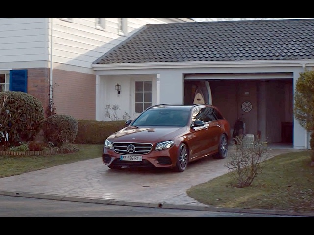 Mercedes me Remote Parking Pilot – Mercedes Benz