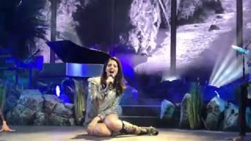 """""""Pretty When I Cry"""" - Lana Del Rey LIVE at Mandalay Bay Events Center for the LA To The Moon Tour"""