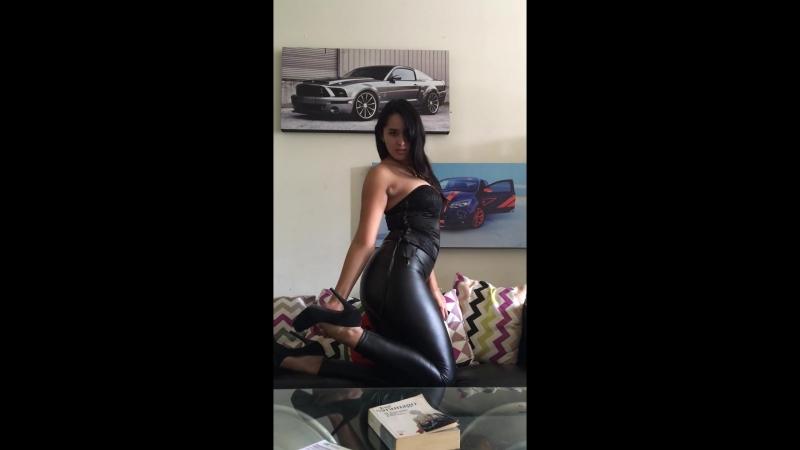Sexy ass, big ass, sexy legs, sexy ass in leggings, sexy dance, porno, girls in leggings, классная попка, красиво танцует