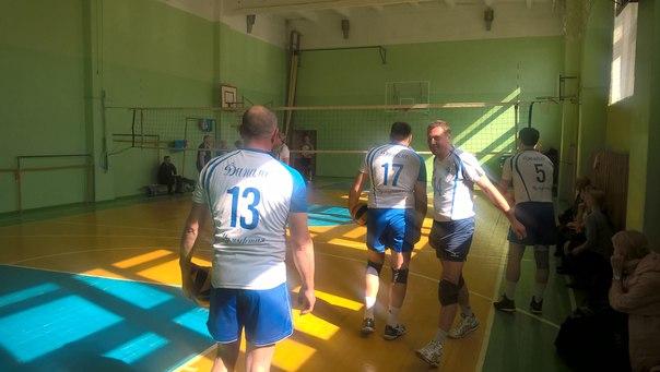 В школе ^5 Начинается игра чемпионата УР по волейболу среди