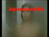 Hale Soygazi'nin meşhur ayna önünde memelrini sergileme sahnesi - topless tits scene in turk movie