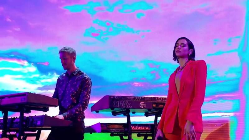 Calvin Harris, Dua Lipa - One Kiss (Live on Graham Norton Show)