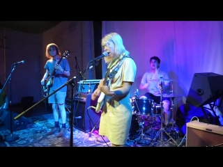 Snail Mail - Pristine (Houston 06.16.17) HD.mp4