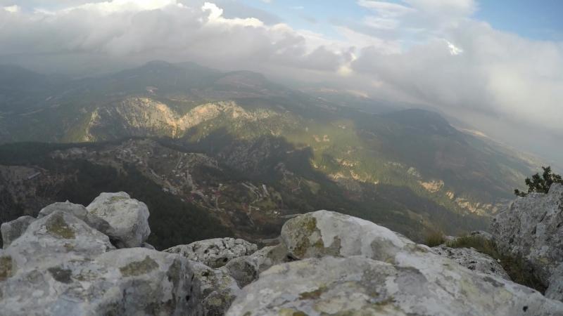 танец облаков с вершины горы промежуток времени
