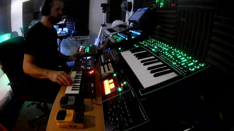 Live Ambient Electronica - Integrated - Minilogue, System 1, TR8, Electribe, Sunrizer