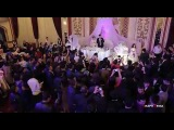 Маленькая девушка красивая ,поет Азизим. На свадьбе новая узбекская песня