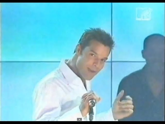 Ricky Martin - She Bangs (Live in Asia)
