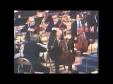 Pablo Casals receives the U.N. Peace Medal