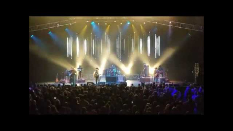 BROOKS DUNN-BRAND NEW MAN-RED DIRT ROAD-MAMA DONT GET DRESSED UP-NEW YEARS EVE 2107-CHOCTAW CASINO