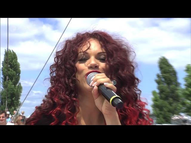Natasha Wright (ex La Bouche) - Be My Lover (ZDF Fernsehgarten 18.06.2017)