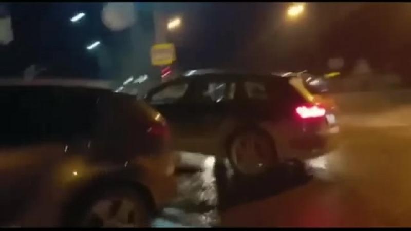 Водитель внедорожника на Кубани устроил два ДТП и пытался задавить другого автомобилиста