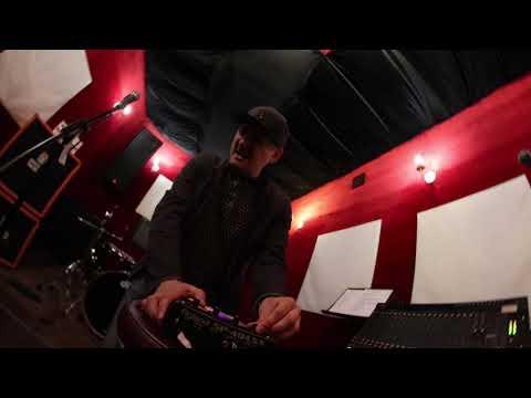 Мира Война (The Rockets remix sampler perfomance)