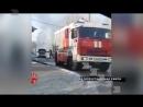 На улице 50 лет ВЛКСМ вспыхнула легковушка