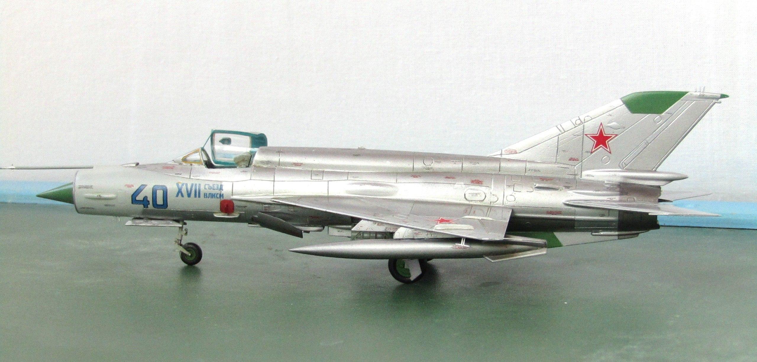 МиГ-21БИС 1/72 (Звезда) 0cOYh6A_aro