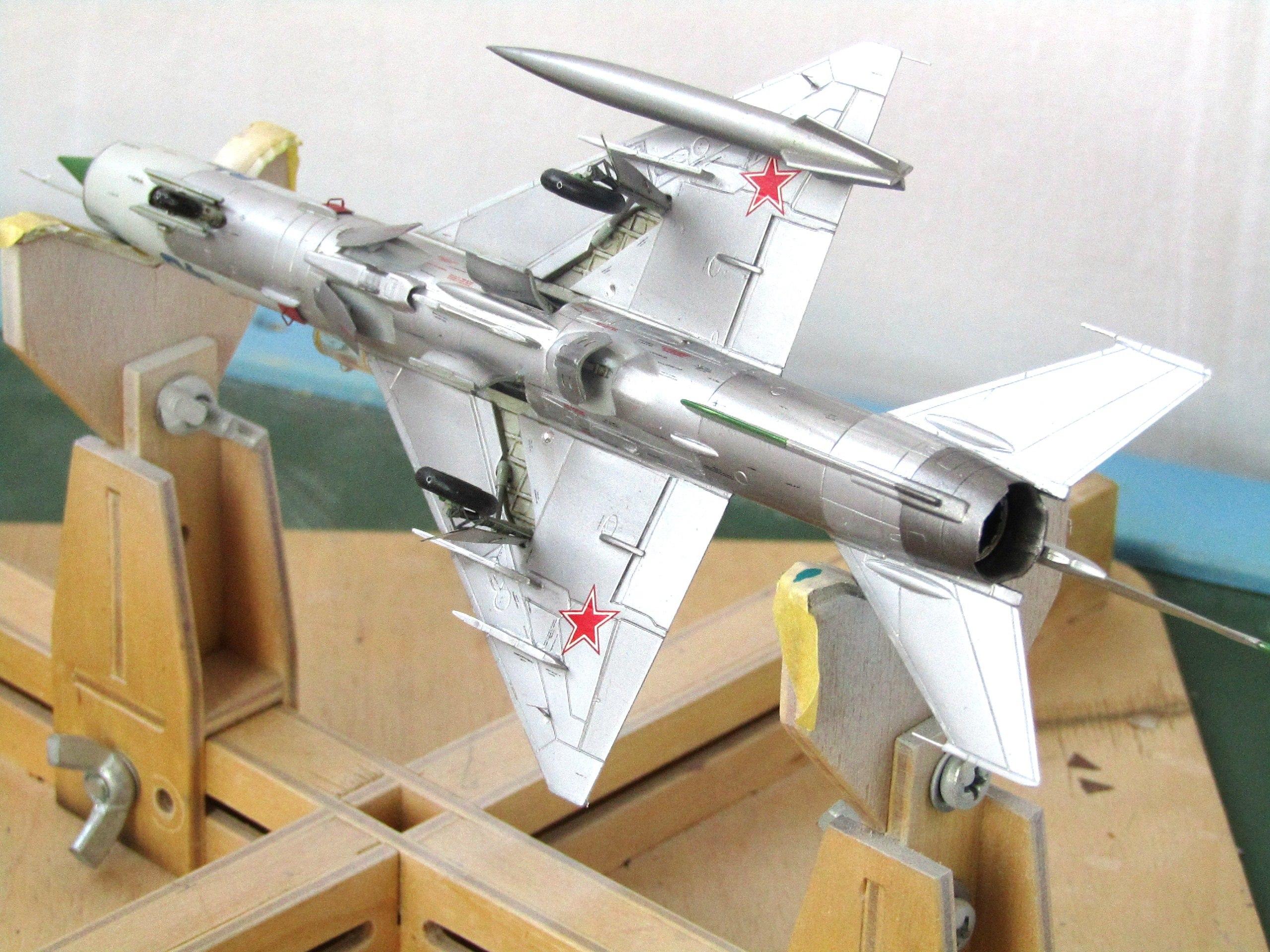МиГ-21БИС 1/72 (Звезда) 9-pGRzvxLW4