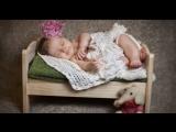 Как уложить ребенка спать и перевести в детскую кроватку?