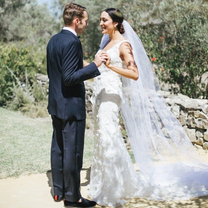 YHWRsyke3rM - 5 главных советов по выбору свадебного фотографа