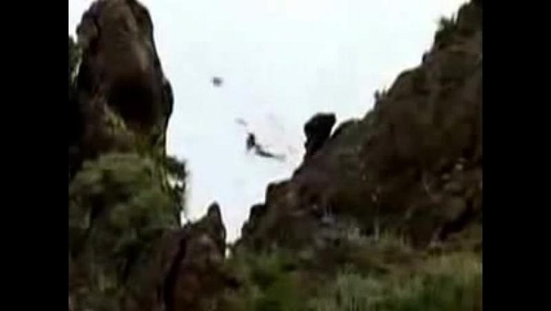 Снайпер мочит моджахедов с 1300 метров Калибр 12,7мм Разрывные