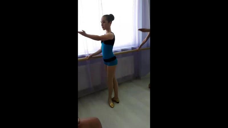 открытый урок по народному танцу