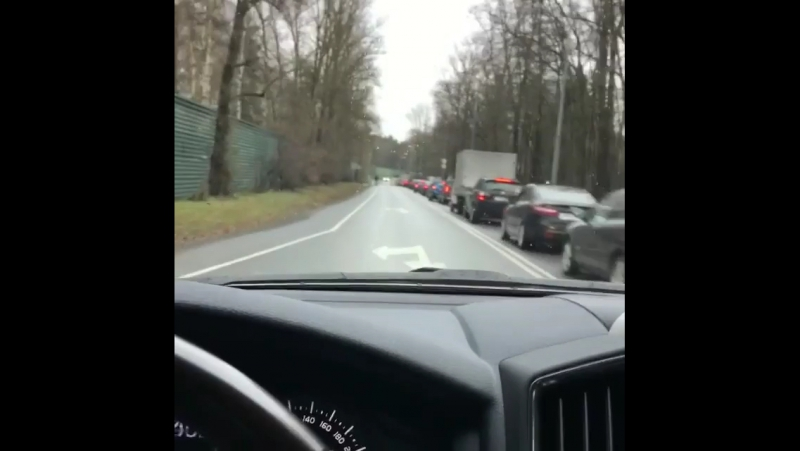 Мажоры на встречной полосе Рублево-Успенского шоссе