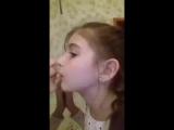 Как правильно целоваться.Мастер класс в 10 лет