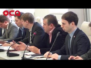 И. Ахметов отчитывается или его отчитывают краевые депутаты