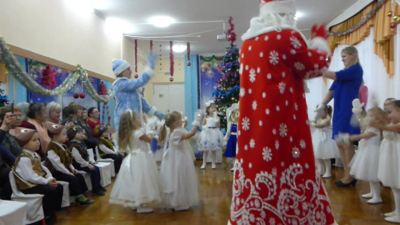 006 Новогодний праздник в детском саду.