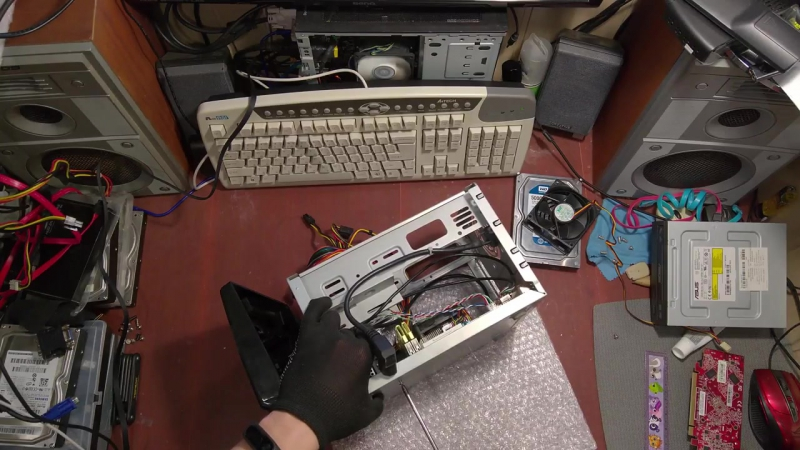 Socket FM1- сборка мини игровой системы AMD Dual Graphics в корпусе CFI GROUP CBI-A8989-150W за 200$