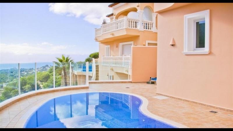 Купить дом с видом в Испании, Морайра