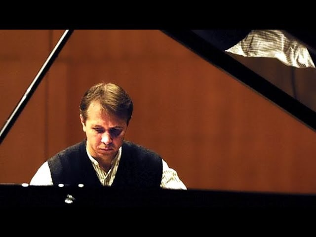 Mikhail Pletnev plays Rachmaninoff - Corelli Variations (live in Moscow, 2001)