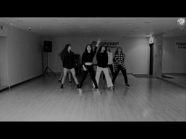 [MIRROR] DREAMCATCHER (드림캐쳐) - Full Moon Dance Practice