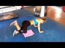 Упражнения для ягодиц Отведение ноги назад с гантелей