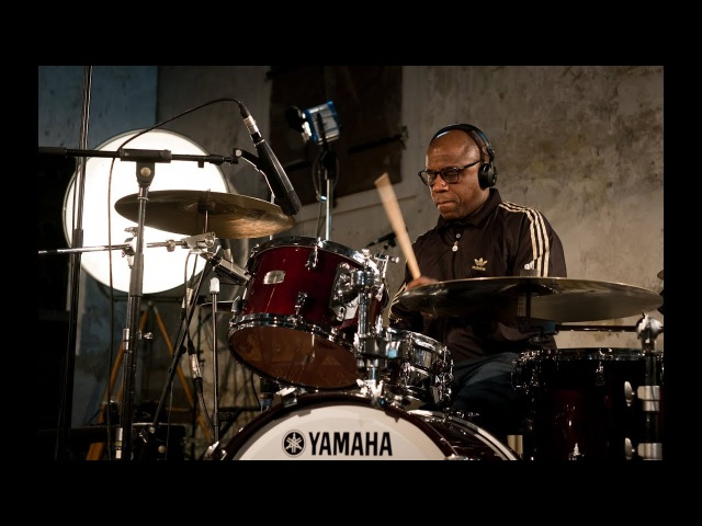 Yamaha Live Session 4 feat. Jamiroquai´s Derrick McKenzie, Matt Johnson and Paul Turner