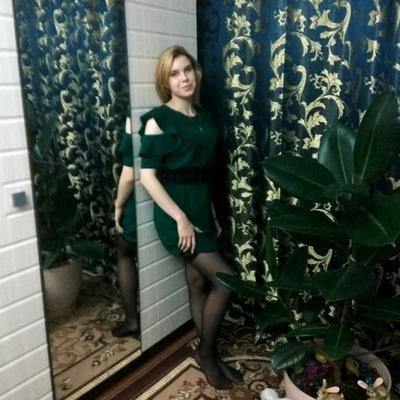 Светлана Хвалова
