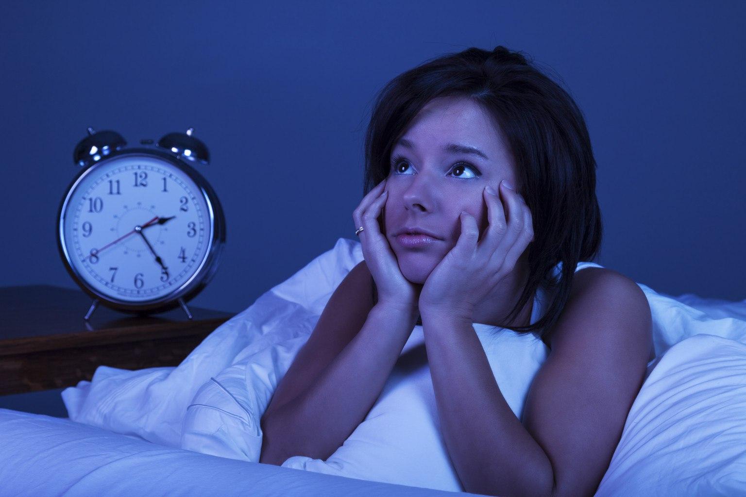 Какова связь между недостатком сна и проблемами со здоровьем?
