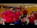 Реакция футзальной Барселоны на победный гол Серхи Роберто в ворота ПСЖ 61