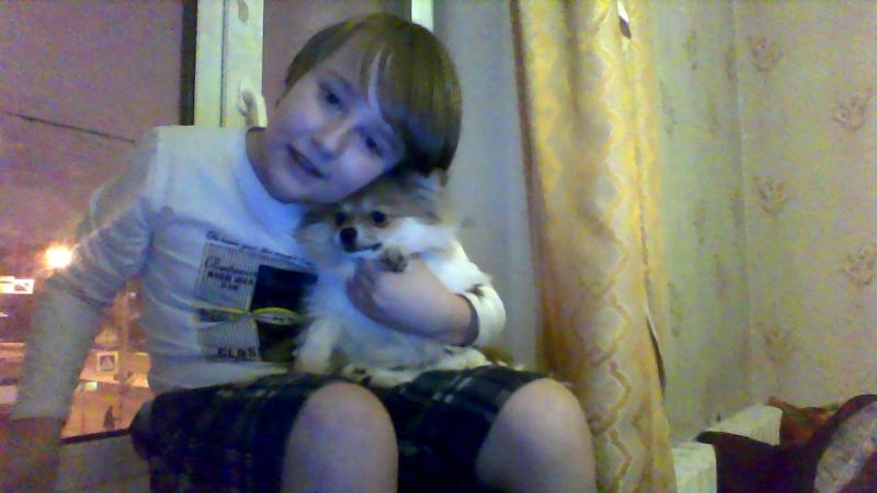 Я и Джоник P.s это моя собака и я