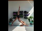 Минутка йоги. Аманда Биск