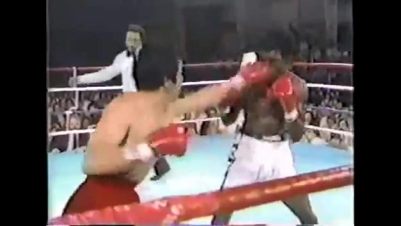 Бобби Чакон - Корнелиус Боза-ЭдвардсBobby Chacon vs Cornelius Boza-Edwards (ll)15.05.1983