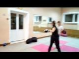 Тренировка по Ушу.  Непрерывные боковые удары руками. Отработка выносливости