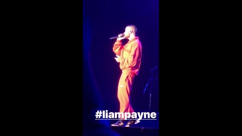 NEW @LiamPayne performing ForYou at POPSPRING18 🎶❤️(243) (Via Julie_Bando's IG) httpst.coRYm19Eg1ha