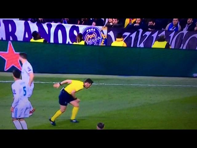 NEYMAR COLPISCE *involontariamente* L'arbitro ROCCHI Real Madrid Psg 3 1 andata