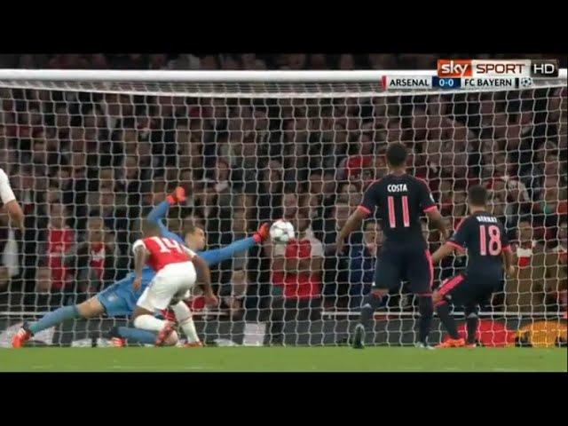 Manuel Neuer Amazing Save vs Arsenal London (CL) 20/10/2015 1080p HD