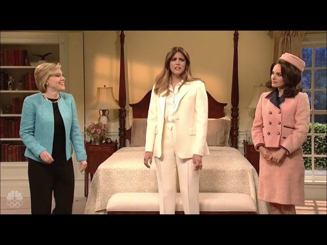 SNL's Hillary Clinton and Jackie O Advise Melania Trump on Cheating Husbands