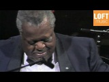 Oscar Peterson Trio - The Gentle Waltz (Live in Munich, 1989)