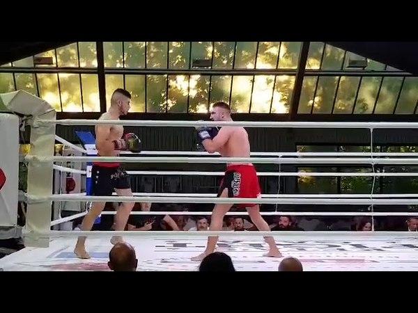 Afrinli boksör Shiyar Bari