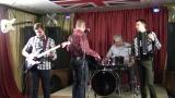 Кавер-банда COVЁR - Чужие губы (Руки вверх vs. Scorpions &amp Kiss)